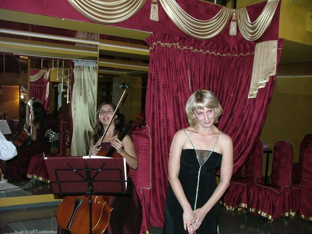 Выступление музыкантов «ПРОФИль-2005» (Фото В.В Лебедева).