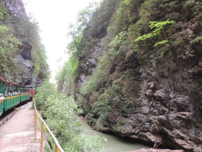 один из видов Гуамского ущелья