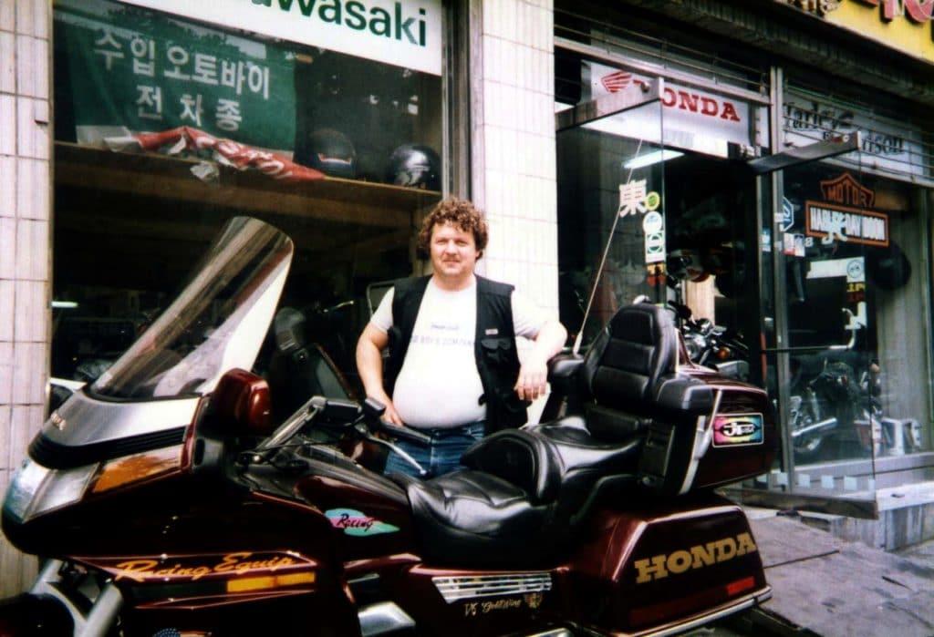 Такие мотоциклы двадцать лет назад были вновинку