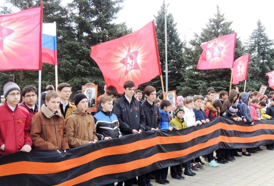 «Дорогой героев» прошагал Бессмертный полк и в Тимашевском районе