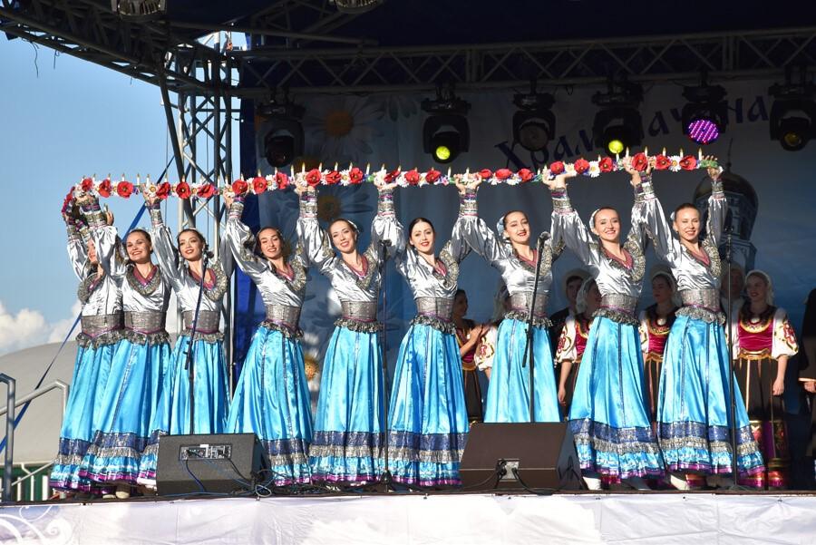 коллектив ансамбля песни и пляски «Кубанская казачья вольница»