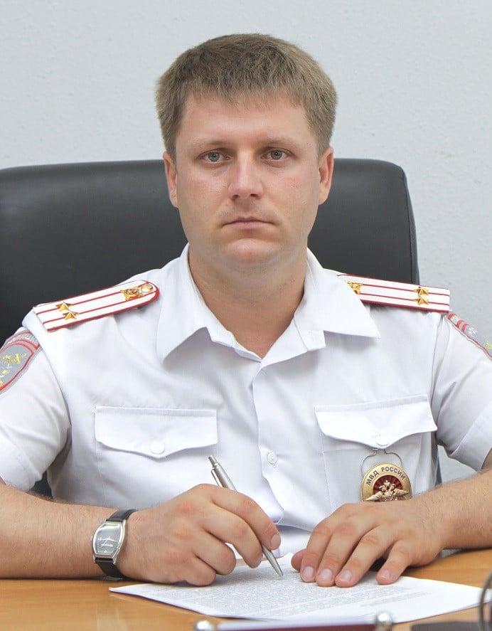 Р.В. ЗИНЧЕНКО, главный государственный инспектор безопасности дорожного движения Тимашевского района.